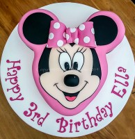 Minnie Mouse 3D 3rd birthday cake