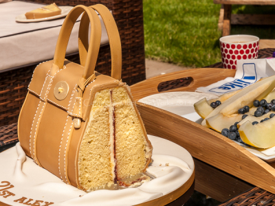 Inside a Mulberry handbag cake!
