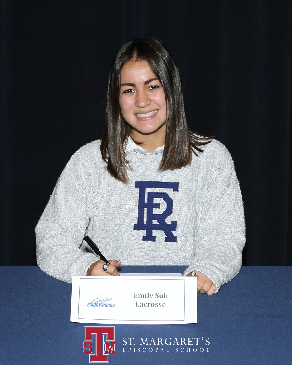 Emily Suh signed her NLI to Embry-Riddle Aeronautical University. Photo: Courtesy