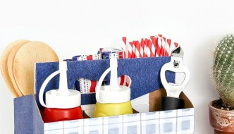 DIY Patriotic Picnic Caddy for July 4th