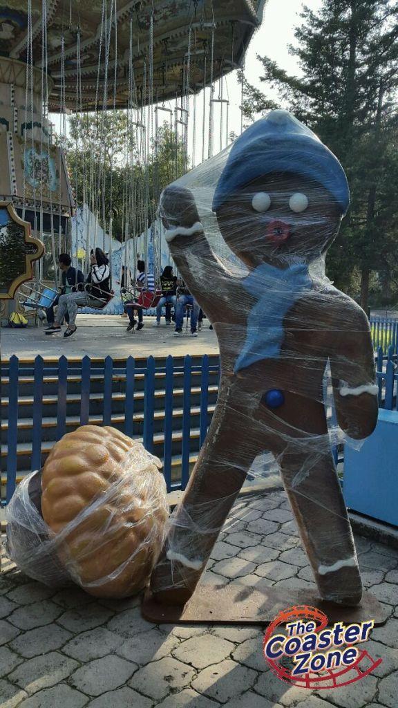 Este muñeco escolta al Vuelo Alpino.
