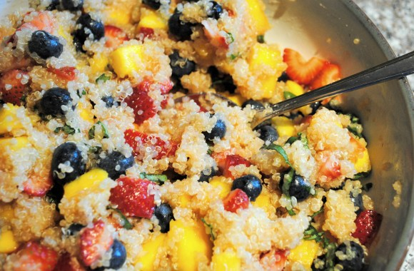 Quinoa with Fresh Berries and Mango