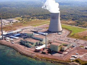 Oswego County's Nine Mile Point Nuclear Generating Station is one of four New York state nuclear facilities currently in peril (image source: Constellation Energy Nuclear Group via Syracuse.com)