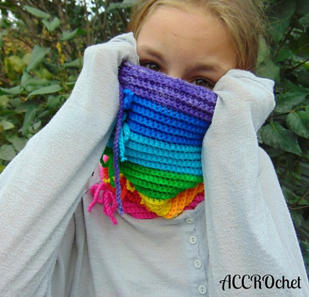 Rainbow Cowl by ACCROchet