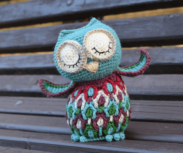 Dancing Owl by Lilla Bjorn Crochet