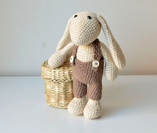 Sunny the Bunny with Pants by Lilla Bjorn Crochet