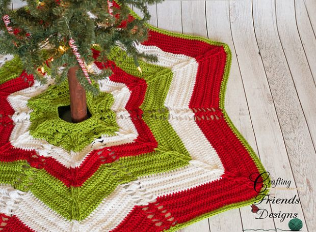 Classic Cable Star Christmas Tree Skirt by Crafting Friends