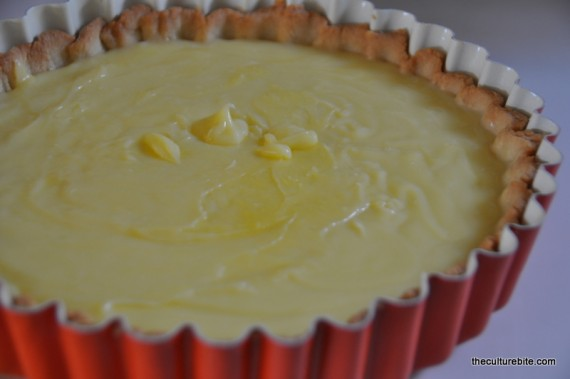 Tartine Lemon Curd Fill Pie