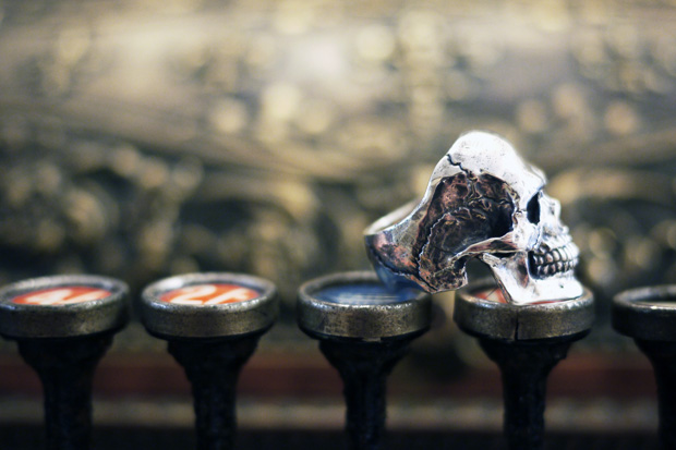 crazy-pig-designs-skull-rings-1