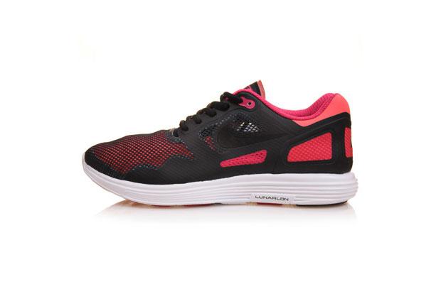 Nike-LunarFlow-01