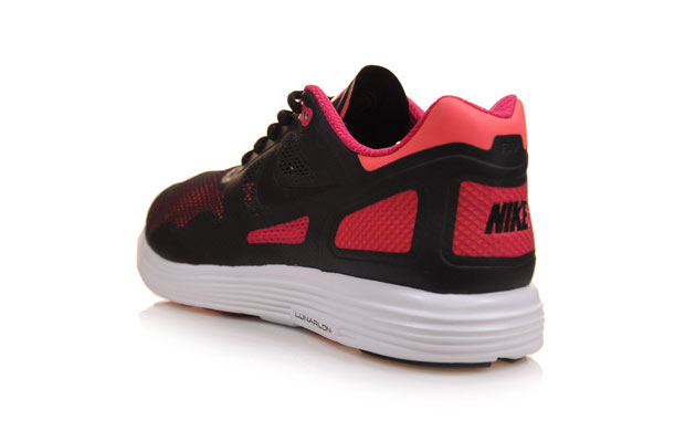 Nike-LunarFlow-02