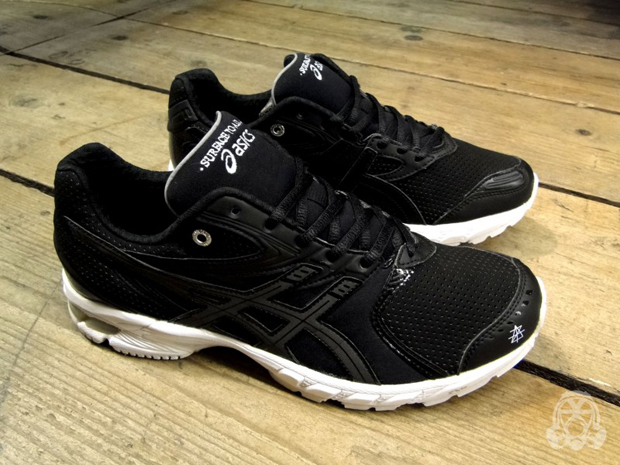 Asics-x-Surface-To-Air-Gel-DS-Trainer-14-6-800x600