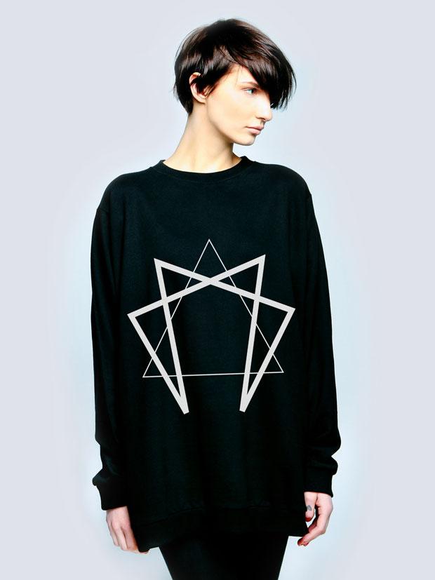 Long-Clothing-Sweatshirt-04