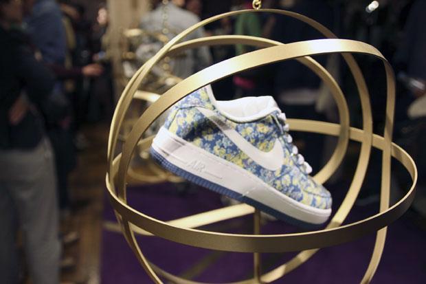 Nike-Liberty-Launch-2011-02