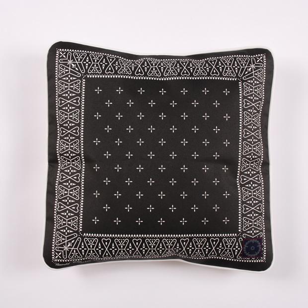 Unrivaled-M&M-Cushion-02