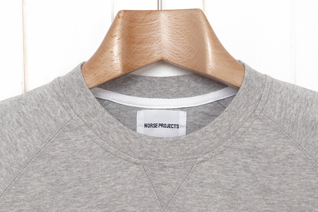 Norse-Projects-Visby-Tee-Sweat-Grey-Melange-02