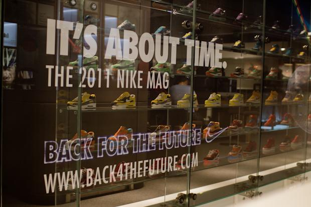 Nike-2011-MAG-London-Auction-34
