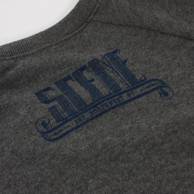 scene-x-carhartt-holbrook-sweater-dark-grey-heather-05