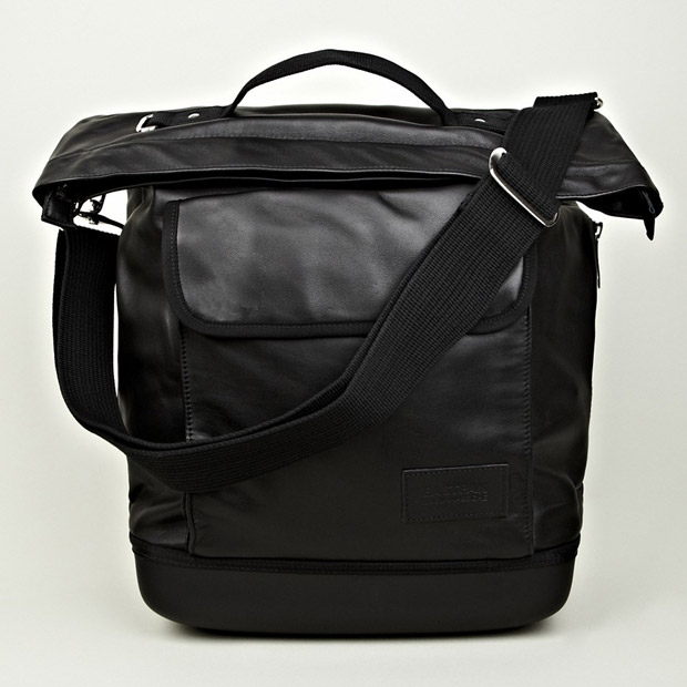Eastpak-Kris-Van-Assche-Shopper-Bag-01