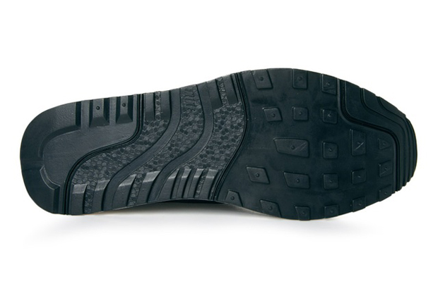 Nike-Air-Safari-Deconstruct-Black-03