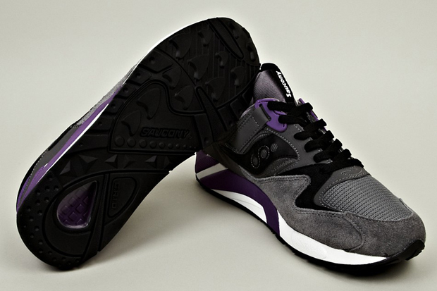 Saucony-Grid-9000-Grey-Purple-02