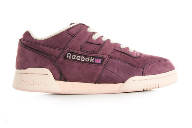 Reebok-Workout-Plus-Vintage-Burgundy-01