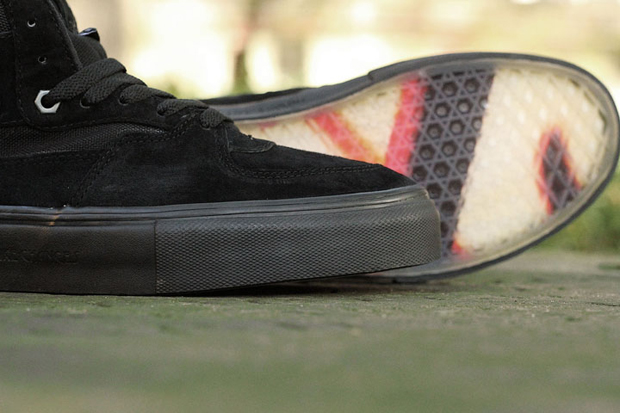 Vans-Metallica-Kill-Em-All-Half-Cab-04