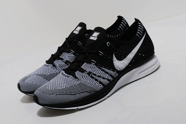 Nike-FlyKnit-Trainer-New-Colourways-2012-05