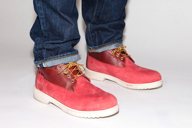 Supreme-Timberland-Waterproof-Chukka-Boot-01