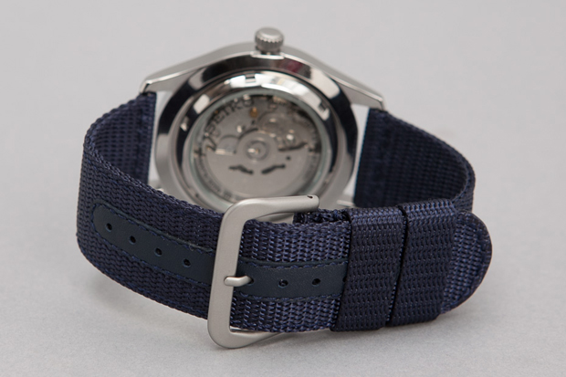 Seiko-5-Series-Made-in-Japan-Military-Watch-09