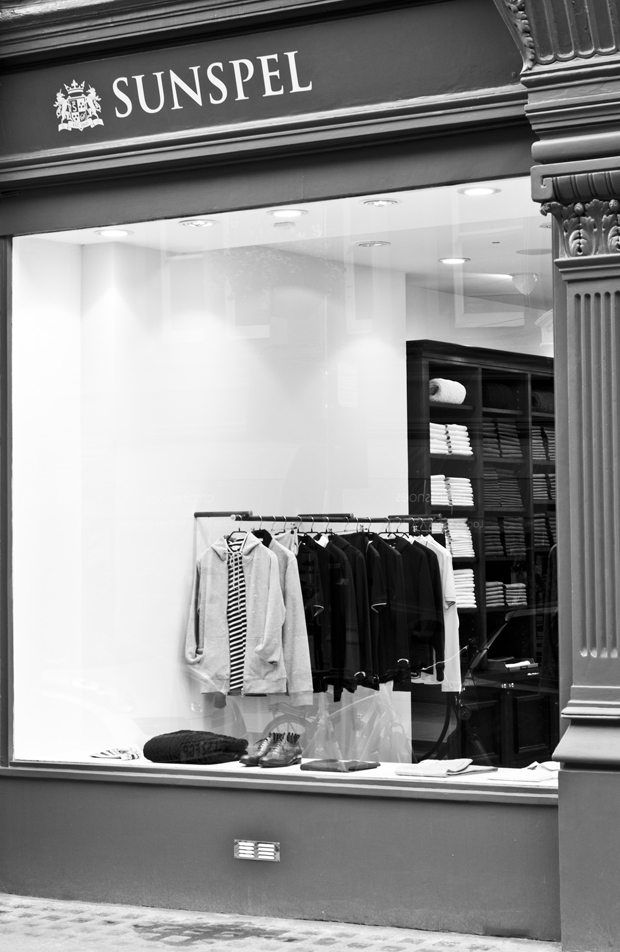 Sunspel store Chiltern Street London 11