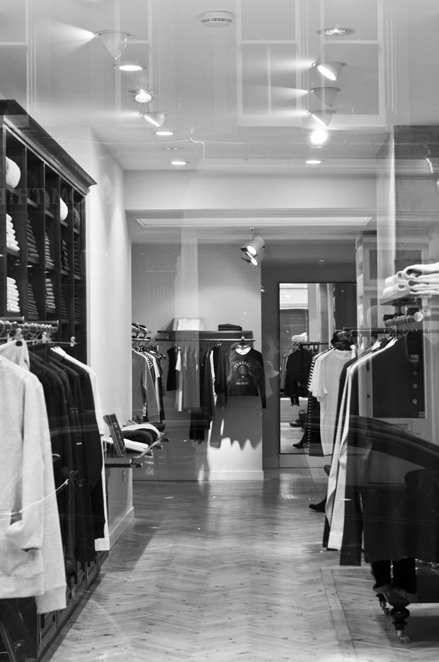 Sunspel store Chiltern Street London 12