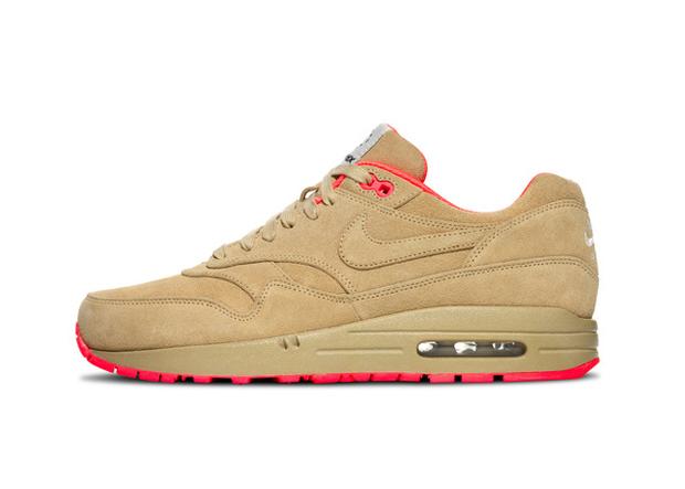 Nike Air Max HomeTurf Series 12