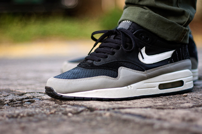 Ben Drury x Nike Air Max 1 Hold Tight 03