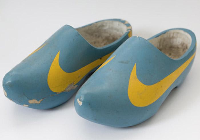 Nike-Clog