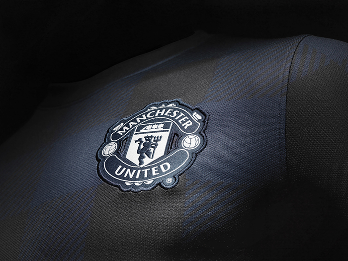 Nike Announce Manchester United Away Kit for 2013-14 season 03