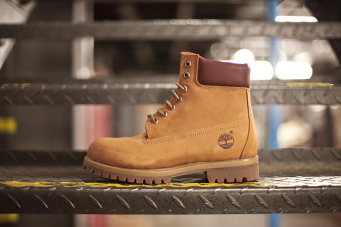 Timberland-40th-Anniversary-Ruby-Collar-Yellow-Boot