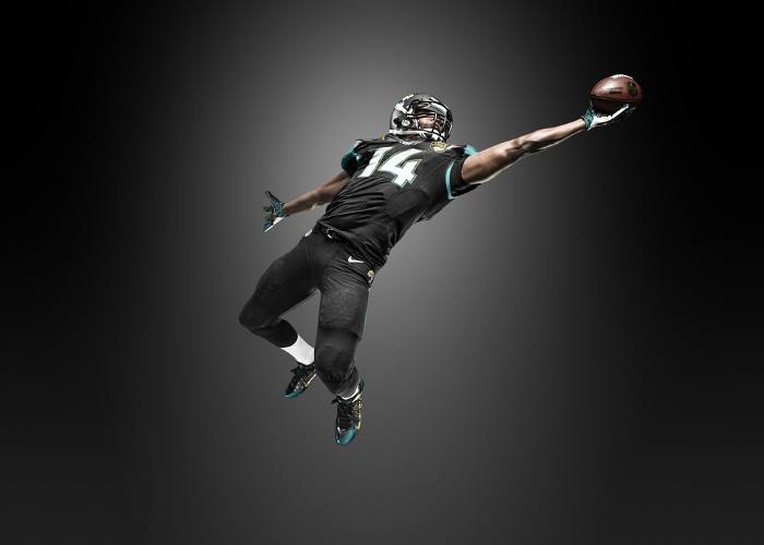 Win-NFL-Tickets-Competition-Gear-Up-For-Football-With-Nike-7