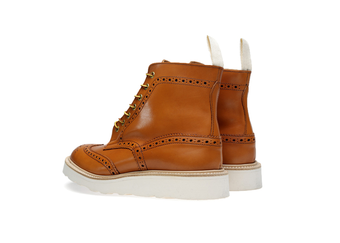 END-Trickers-Vibram-Sole-Stow-Boot– A-Guide-to-Construction-22
