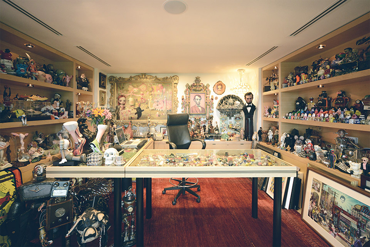 Nike-CEO-Mark-Parkers-Office-11