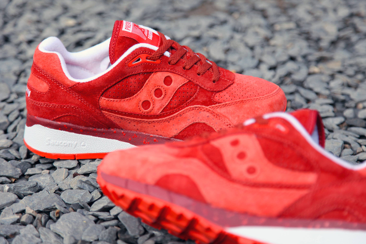 Premier-x-Saucony-Shadow-6000-Life-on-Mars-Pack-03
