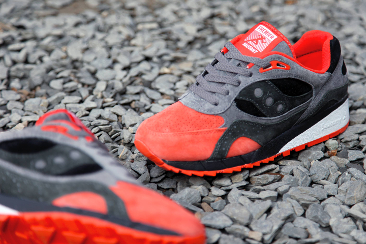 Premier-x-Saucony-Shadow-6000-Life-on-Mars-Pack-04