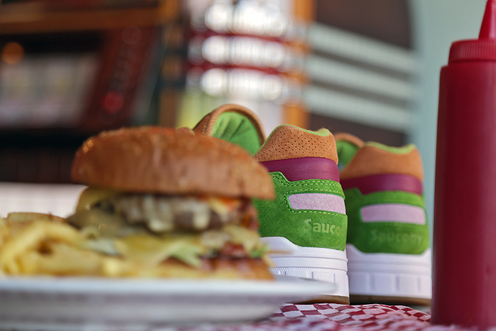 Saucony-x-End-Clothing-Burger-Shadow-5000