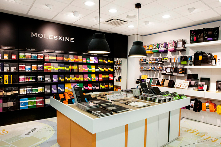 Moleskine pop-up store shop Old Street Station East London 001