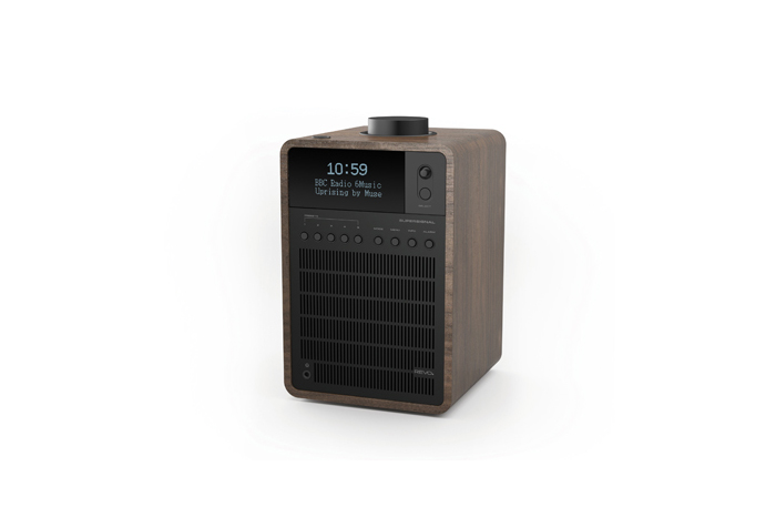 Revo SuperSignal DAB radio American Walnut Black anodised aluminium 06