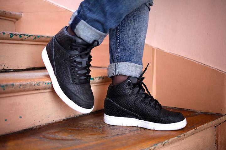 DSM New York Nike Air Python Black 01