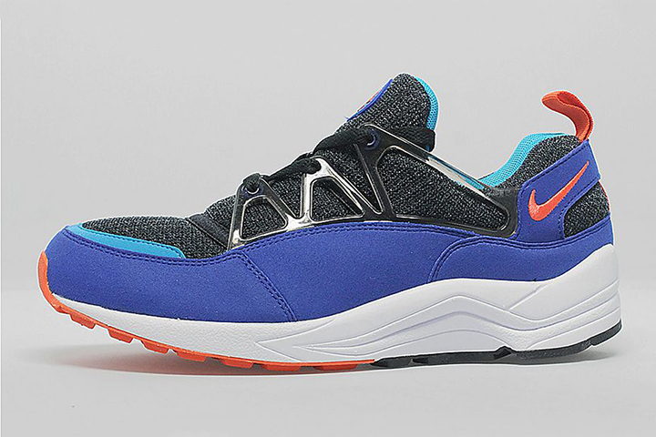 nike-air-huarache-light-og-ultramarine-1