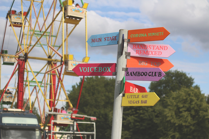 Lovebox - Sign Post (for TDS)