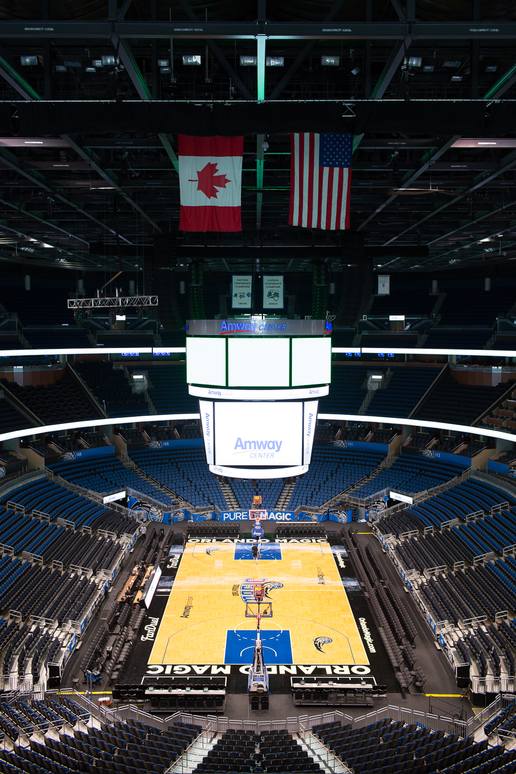 Orland-Magic-Amway-Center-THE-DAILY-STREET-10