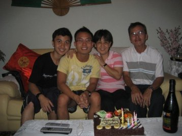 junwen-birthday-family
